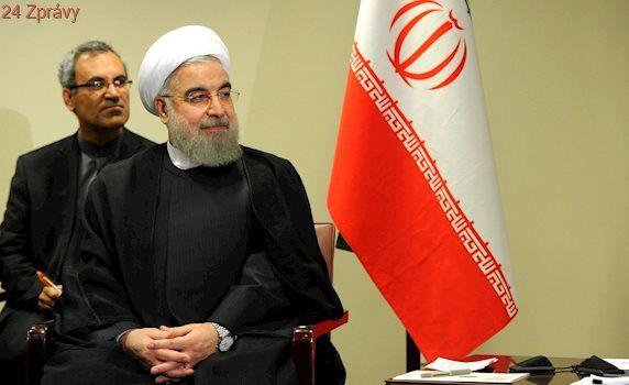 Írán odsoudil bombardování syrské základny: USA jednají destruktivně. Turecko naopak jásá