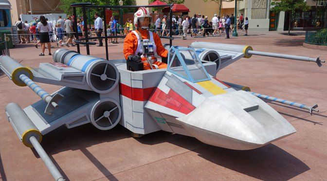 Star Wars Weekends Post Parade (2a)