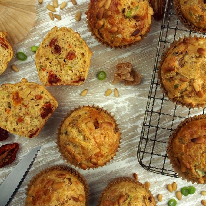 Oppskrift på Saftige og halvgrove muffins med Kefir