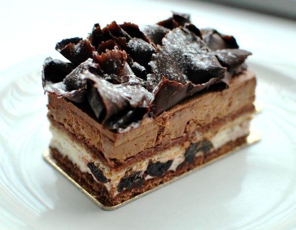 Parisian pastry - forêt noire – the black forest.