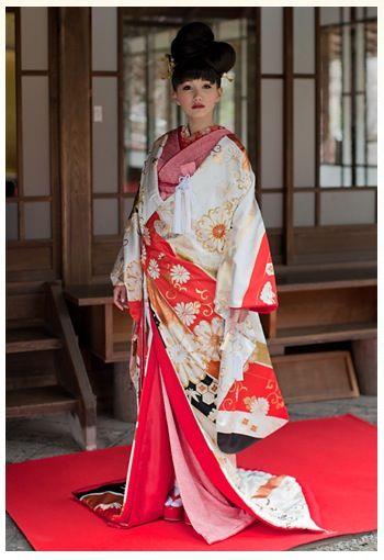 目黒雅叙園のおしゃれな結婚式和装をチェック 着物ウェディング  色打掛け