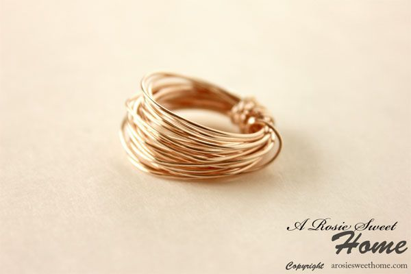 Google Image Result for http://www.freeprettythingsforyou.com/wp-content/uploads/2012/04/Pretty-DIY-wire-Ring-link-5.jpg