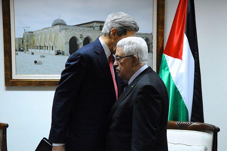 """Die falsche Prämisse von Palästina und dem Frieden. Barry Shaw vom Israel Institute for Strategic Studies schreibt: """"Die internationale Gemeinschaft setzt Israel unter Druck, pauschale Zugeständnisse hinsichtlich Territorien und Sicherheit zu machen und dabei soziale und politische Unruhen zu riskieren, um den sogenannten Palästinensern ihren eigenen Staat zu verschaffen. Die Vorstellung, dass die Gründung eines palästinensischen Staats ewigen Frieden einläuten wird, i"""