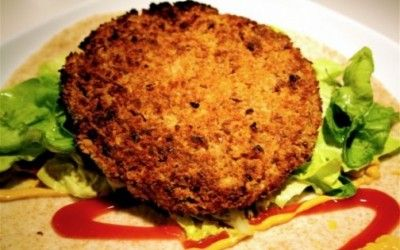 Burger vegetali fatti in casa: ricetta con ceci e patate