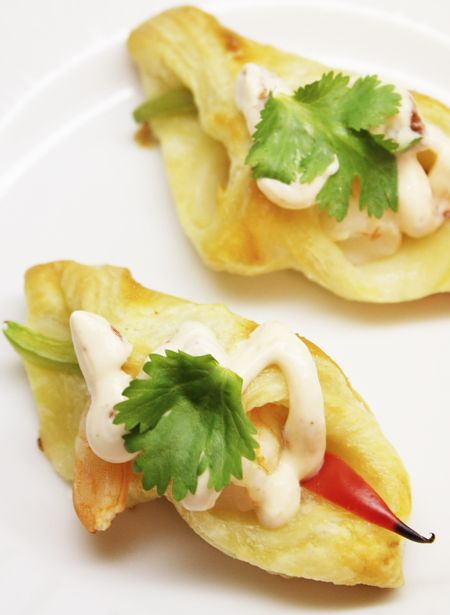 Margarita Shrimp Puff Pastry Bites - great holiday appetizer #recipe