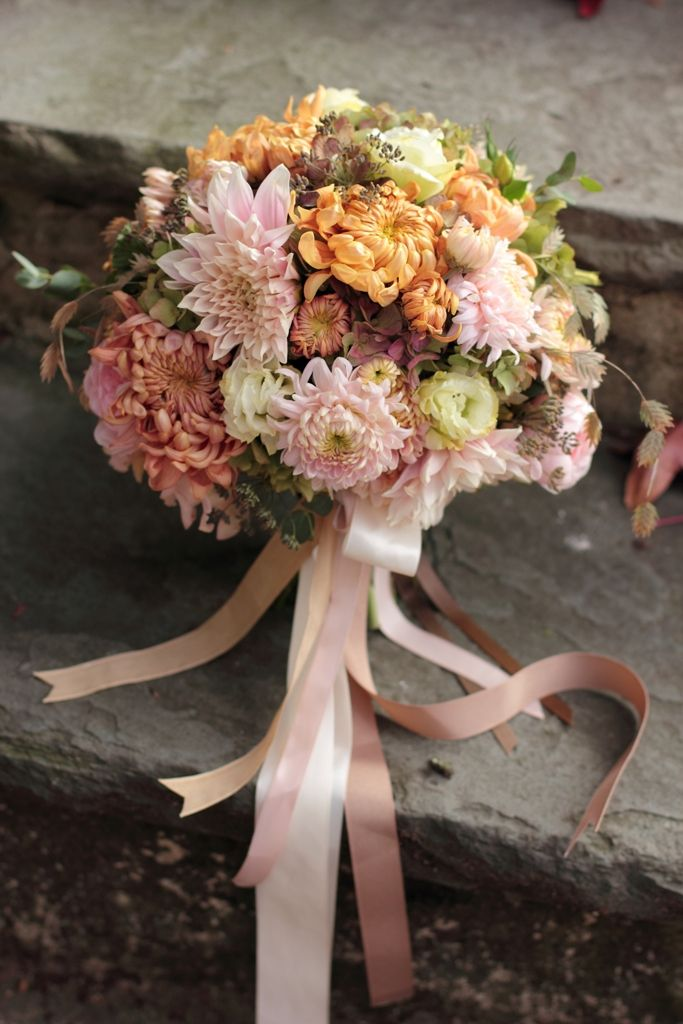 Love 'n Fresh Flowers Bridal Bouquet with Heirloom Mums