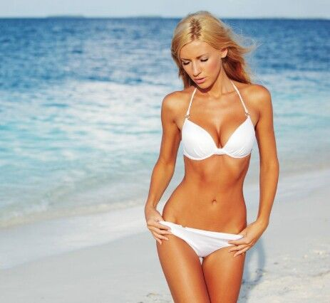 OT1: aanvaarden van lichaamelijkheid en geslachtrol. Het vrouwelijke schoonheids ideaal in het westen: mager maar dikkere borsten en heupen