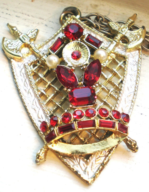 Vintage Necklace Crest Knights in Shining Armor Coat by BagsnBling, $12.99
