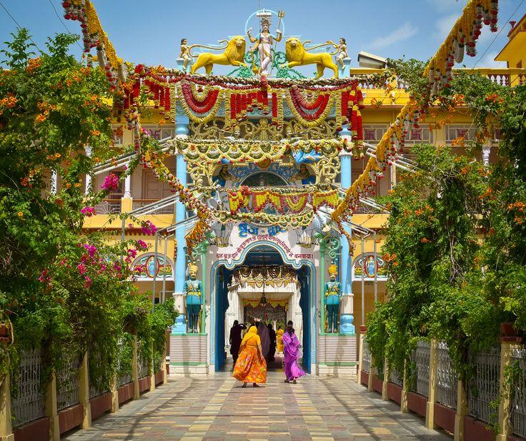 Garlands in Rani Sati Temple - Jhunjhunu, #Rajasthan #India