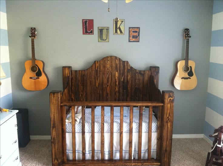 Rustic crib. Would be great to use as headboards for twin beds when the twins outgrow their cribs.