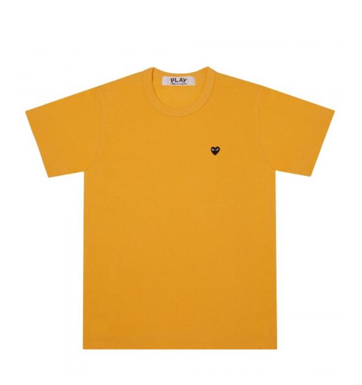 #cdg #commedesgarcon #yellow #tee this is cute but would be cuter with gold jewellery and a white collar