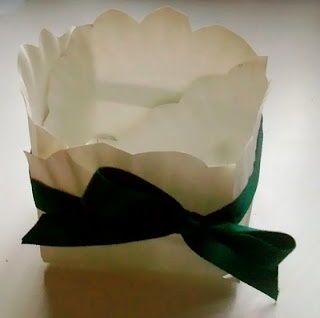 Paper plate basket: Paper Plates Baskets, Gifts Baskets, Gifts Bags, Mothers Day Gifts, Gifts Ideas, Homemade Mama, Diy Gifts, Paper Cups, Gifts Boxes