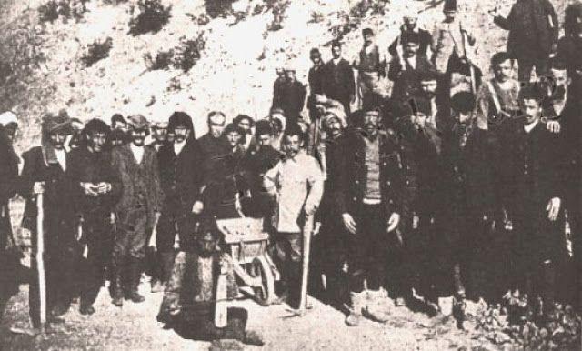 Santeos: Τα τάγματα εργασίας των Τούρκων που οδήγησαν στο θ...