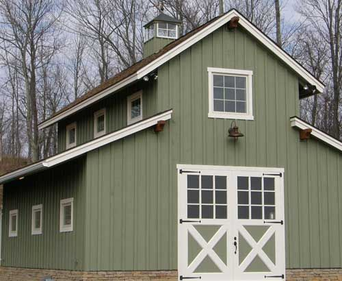 How to build a barn with a gambrel roof woodworking for Gambrel barn plans with living quarters
