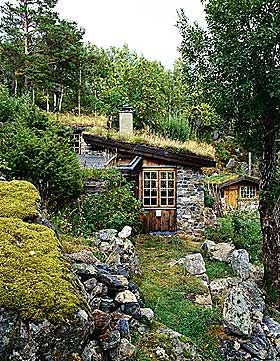 Norwegian cabin by Kristoffer and Erlend Leirdal, 1976