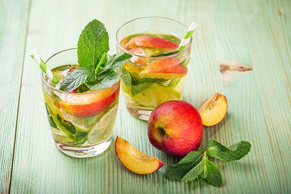 Вода с фруктами. 10 полезных напитков | Сыроедение рецепты