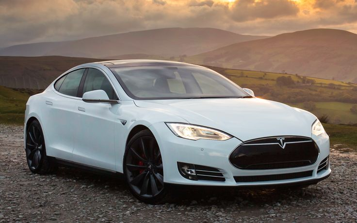 Extreme new 691hp Tesla Model S P85D electric takes on the Ferrari 458 supercar in a drag race and mostly wins.