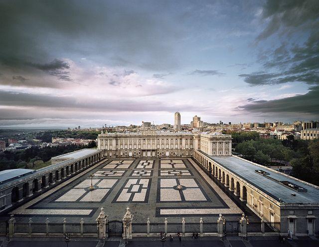 Vista del Palacio real/Royal Palace view by Turismo Madrid, via Flickr