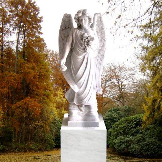Stilvoller Marmor Engel für ein Einzelgrab • Qualität & Service direkt vom Bildhauer • Jetzt Grabstein online kaufen bei ▷ Serafinum.de