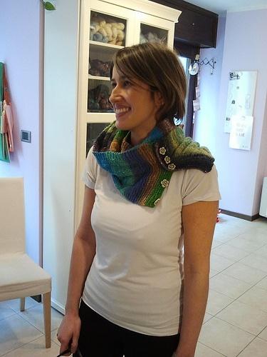 Giosamente di Emma Fassio - Handknitted by Marina (modelling Elena)