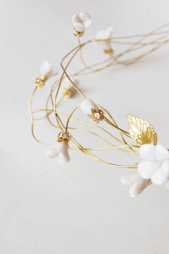 Bruids haar kroon bloem haar krans gouden zendspoel de door Elibre