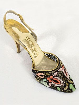 salvatore ferragamo   beaded mesh / gold stiletto 1950  Gallery of 1930s-1950s vintage clothing at Vintage Textile
