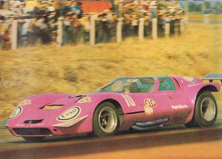 Vintage tiger sports car v8