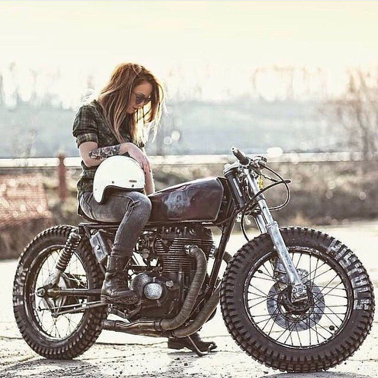 1228 best images about biker girls on pinterest racer - Pictures of chicks on bikes ...