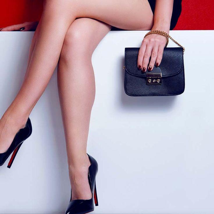 Zazařte na plese s dokonalou koženou kabelkou z Emotys.cz. #emotys #emotyscz #dnesnosimcz #italy #fashion