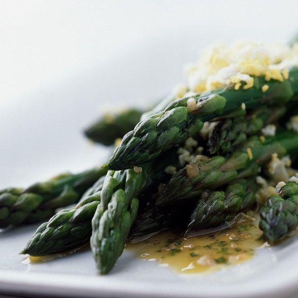 Asparagus with Tarragon Sherry Vinaigrette