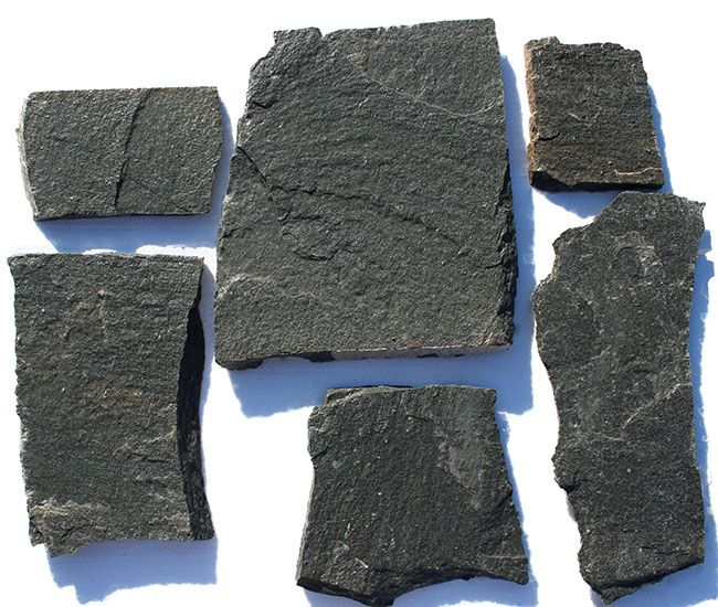 Flagstone Kavalas is also known as irregular flagstone Kavalas, crazy paving stone Kavalas, crazy stone Kavalas and paving stone Kavalas. It is also a great choice for crazy paving. Crazy paving is a stone paving method that uses irregular sizes of stones(paving stones) with or without mortar.  Crazy paving stone Kavalas  is suitable for applications such as  backyards, garden paths and walkways, garden stepping stones,yard retaining walls and interior spaces etc.