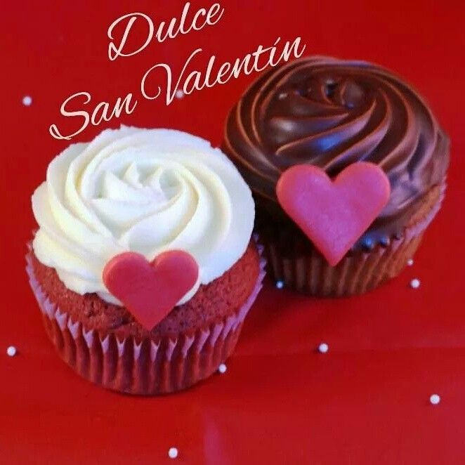 Cupcakes red velvet y chocolatela combinacion perfecta entre dos♥♥♥  https://m.facebook.com/Taicakes.cupcakes/