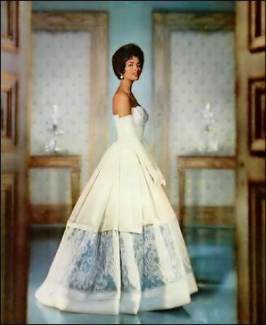 Helen Williams: First Black Model To Break The Beauty Barrier