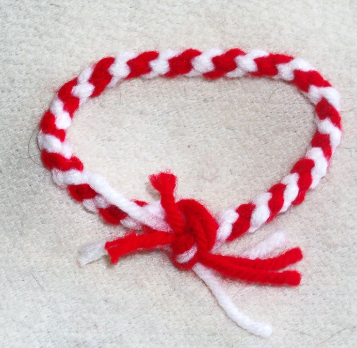 You can make these yourself in about 10 minutes: What you need: red yarn white yarn patience creativity