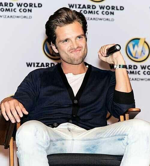 Sebastian Stan -- at Wizard World Comic Con 2014... love the facial expression
