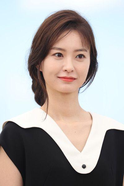 "Jung Yu-mi Photos - Jung Yu-mi  attends the ""Train To Busan (Bu_San-Haeng)""…"
