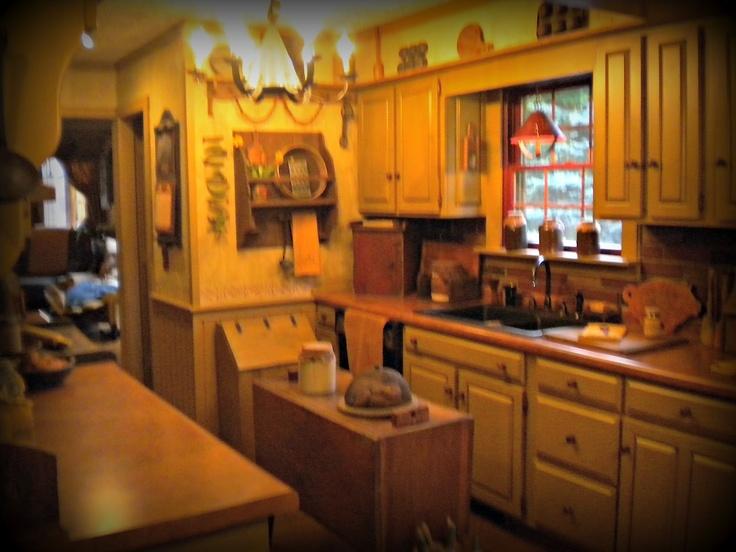 primitive kitchen cabinet plans 99 best primitive kitchens doning rooms images on pinterest