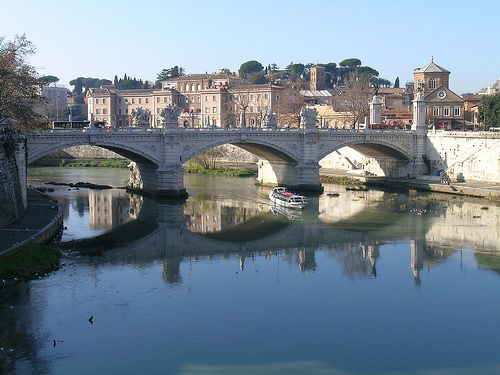 Ponte Vittorio Emanuele II Rome, Italy, Space place