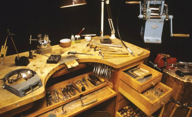 Alan Revere Professional Jewelry Making Alan Revere S Bench As Shown In Professional Jewelry