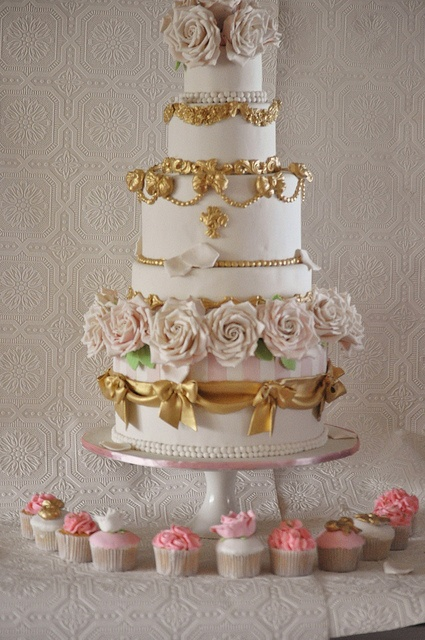 the wedding cake french film 16 best antoinette ideas images on 20892