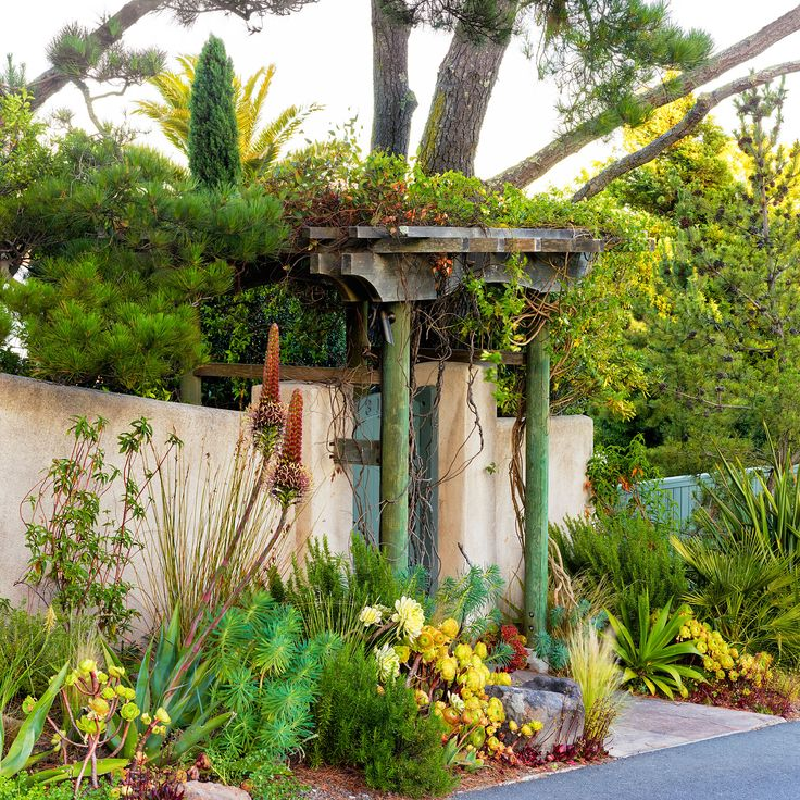 19 best Front Yards images on Pinterest | Building homes, Exterior ...