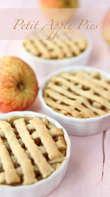 Thanksgiving Dessert - Petit Apple Pies: Recipe, Small Apples, Individual Apples Pies, Apples Cobbler, Ice Cream, Desserts Pies, Thanksgiving Desserts, Apple Pies, Caramel Apples