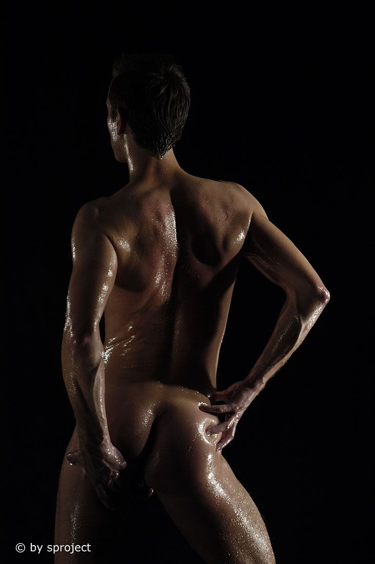 classic © by sproject.de  #male #art #maleart #lowkey #studio #photography #classic #classicnude #gay #gayart #fineart #sproject #2006