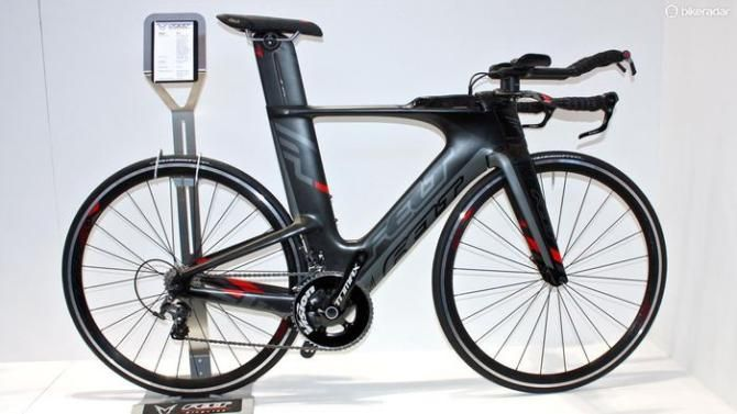 Felt's Ironman World Championship-winning, non-UCI legal IA has a full range this year, the entry-level IA 4 coming with Ultegra and Felt TT...