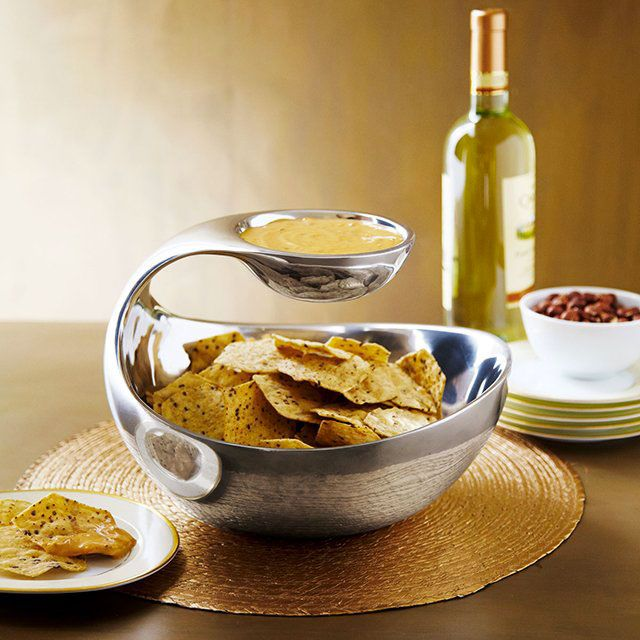 Who doesn't like chips n dip?