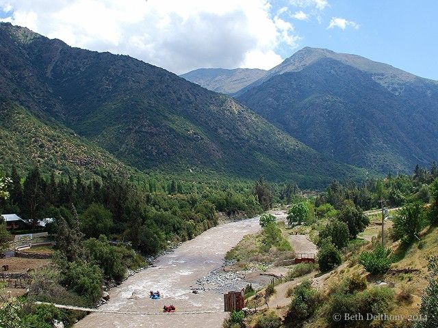 Whitewater rafting on the Maipo river in Cajon del Maipo