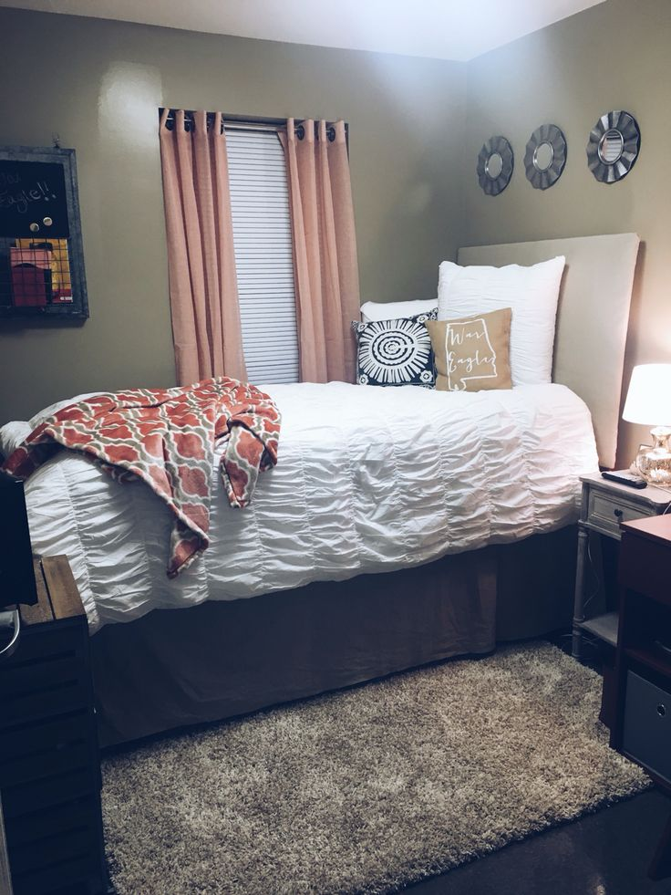 Auburn University Village Dorm --> Click to shop my dorm!