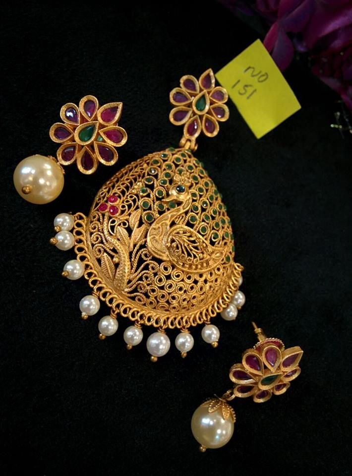 Gold Plated Peacock Pendant Set from Temple Collections & 99 best pinre images on Pinterest   Gold decorations Gold earrings ...
