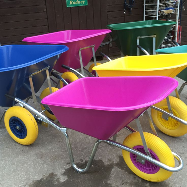 The Wheelbarrows Direct 90 litre pink wheelbarrow is ideal for use at equestrian stables yards or any outdoor locations. Thiswheelbarrow,is extremely durable, and is sturdy enough for most outdoor yard tasks.  *PLEASE CALL FOR DELIVERY CHARGES TO NORTHERN ISLAND, SCOTTISH HIGHLANDS AND OFF SHORE