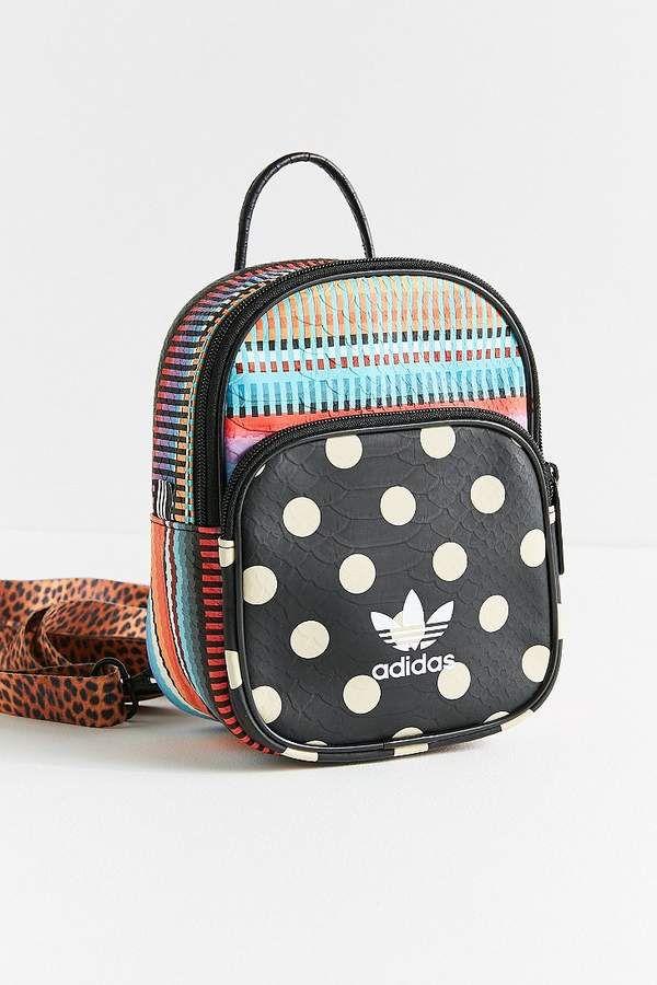 Adidas Jardim Agharta Mini Backpack  3c261b39e9a32